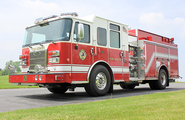 2014 Pierce Saber FR pumper - traditional fire engine - driver front