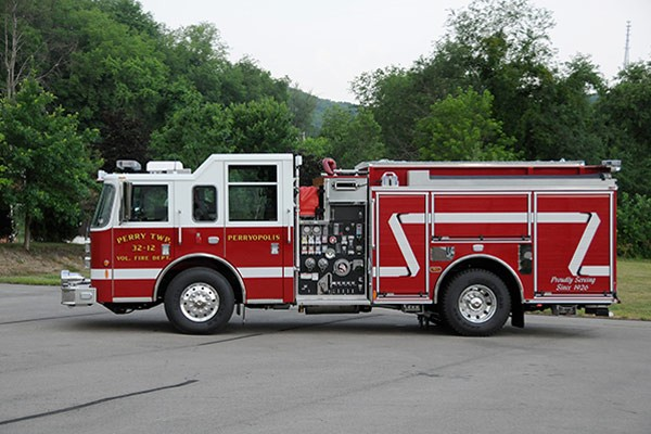 2012 Pierce saber fire engine pumper - new apparatus sales in PA - driver side