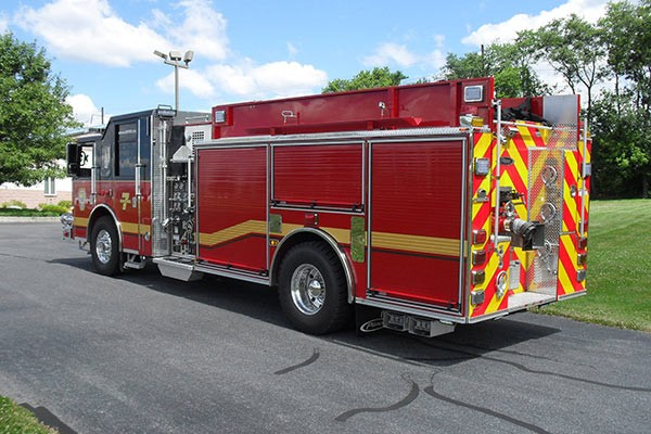 Pierce Saber fire engine pumper tanker - new fire apparatus sales in PA - driver rear