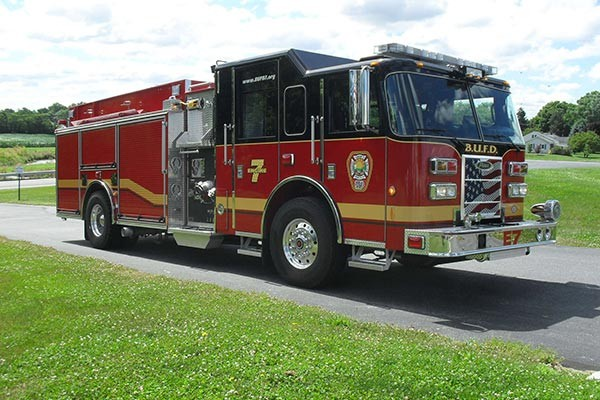 Pierce Saber fire engine pumper tanker - new fire apparatus sales in PA - passenger front