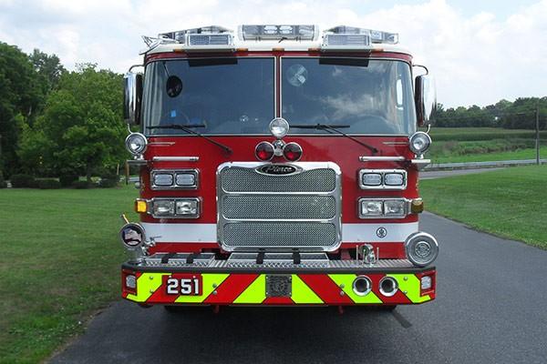 Pierce Arrow XT fire engine - new pumper sales in PA - front