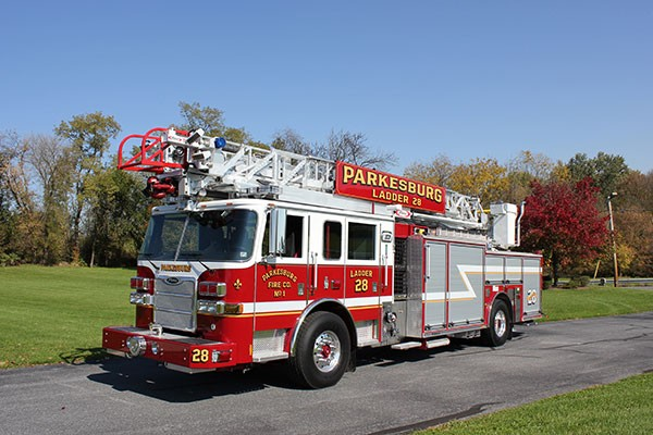 Pierce Arrow XT heavy duty aerial ladder fire truck - new aerial ladder fire truck sales in PA - driver front