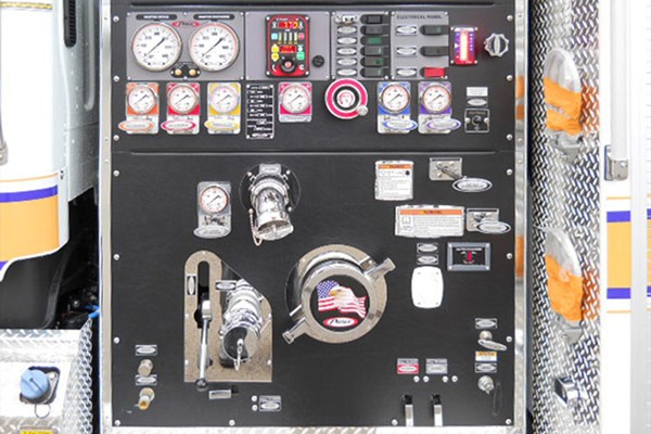 Pierce Freightliner fire engine - new commercial pumper sales in PA - pump panel
