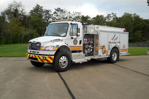Pierce Freightliner fire engine - new commercial pumper sales in PA - driver front