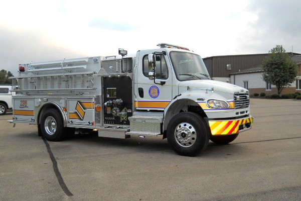 Pierce Freightliner fire engine - new commercial pumper sales in PA - passenger front