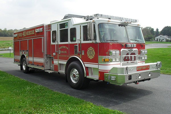 Pierce Arrow XT rescue pumper - Glick FIre new rescue fire engine sales in PA - passenger front