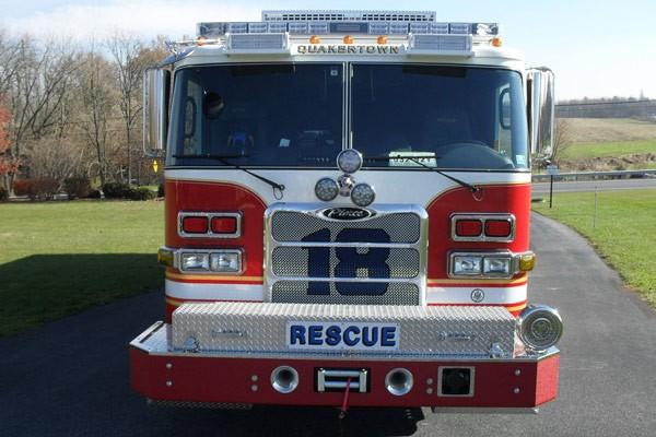 Pierce Arrow XT walk-in rescue - new fire rescue sales in Pennsylvania - front