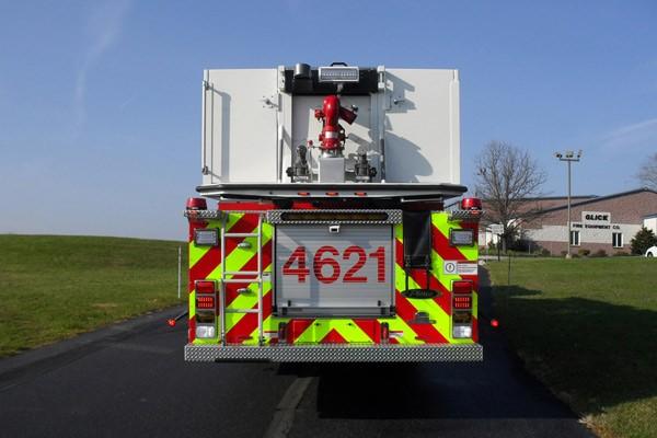 Pierce Arrow XT midmount platform fire truck - new mid-mount aerial sales in PA - rear