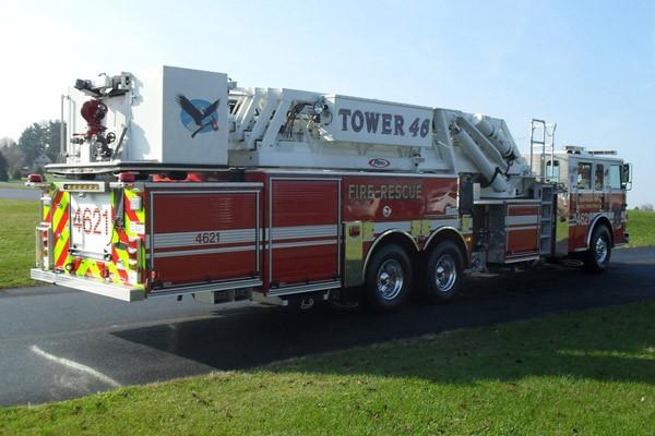 Pierce Arrow XT midmount platform fire truck - new mid-mount aerial sales in PA - passenger rear