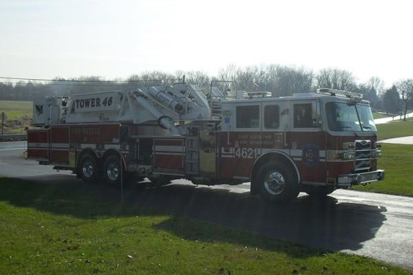 Pierce Arrow XT midmount platform fire truck - new mid-mount aerial sales in PA - passenger front