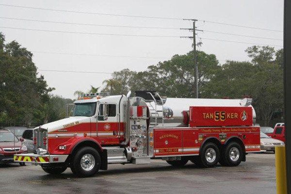 Pierce Kenworth fire tanker - new commercial fire tanker sales in PA - driver front