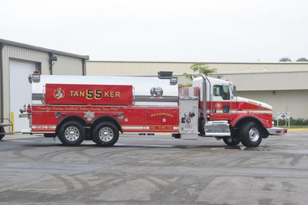 Pierce Kenworth fire tanker - new commercial fire tanker sales in PA - passenger side