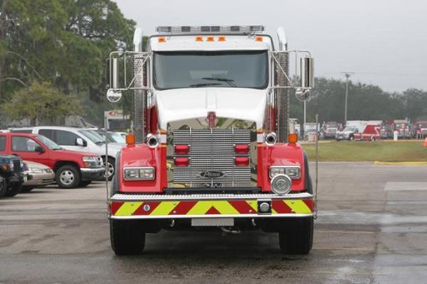 Pierce Kenworth fire tanker - new commercial fire tanker sales in PA - front