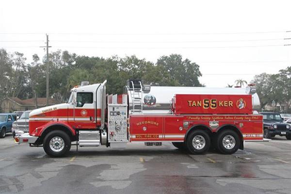 Pierce Kenworth fire tanker - new commercial fire tanker sales in PA - driver side