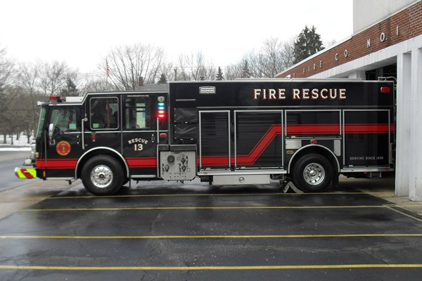 Pierce Dash fire engine pumper - new fire apparatus sales in Pennsylvania - driver side