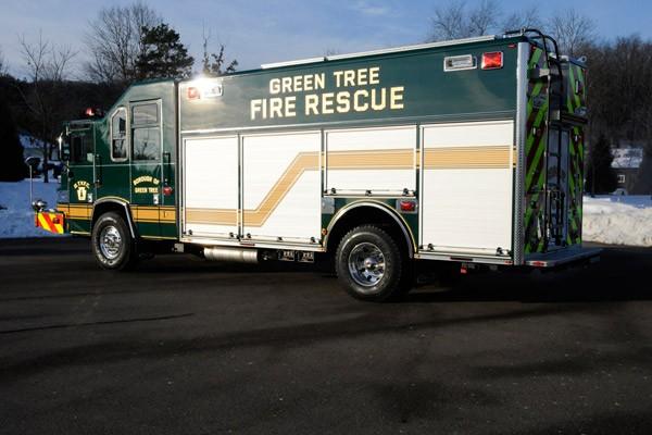 Pierce Quantum rescue fire apparatus - new fire rescue truck sales in PA - driver rear
