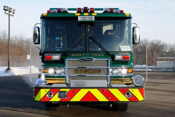 Pierce Quantum rescue fire apparatus - new fire rescue truck sales in PA - front