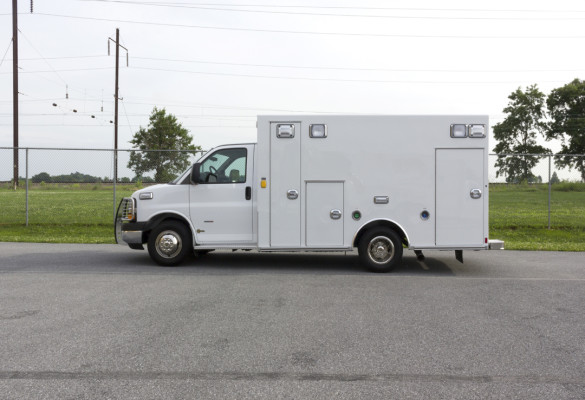 2015 Braun Signature Series Type III ambulance - Chevy G3500 - driver side
