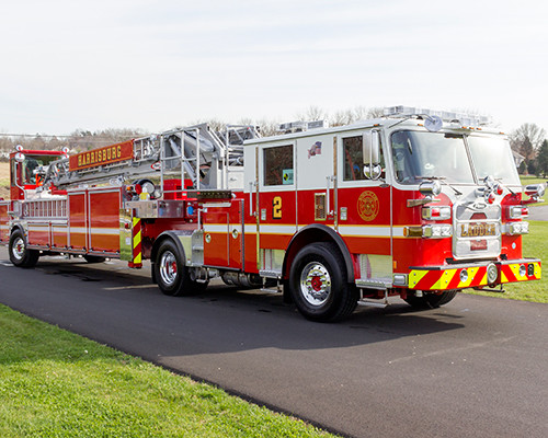 2016 Pierce - tiller drawn 100' aerial ladder truck