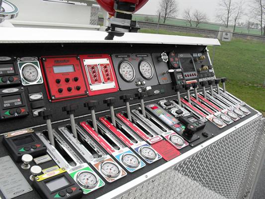 Pierce Quantum Pumper - Fire Engine - Top Pump Panel