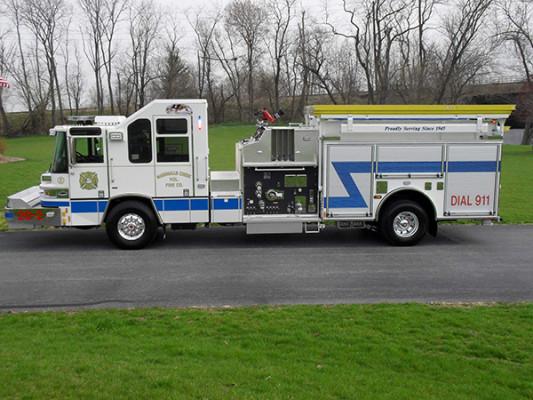 Pierce Quantum Pumper - Fire Engine - Driver Side