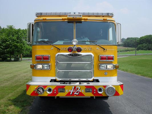 Pierce Arrow XT Pumper - Fire Engine - Front