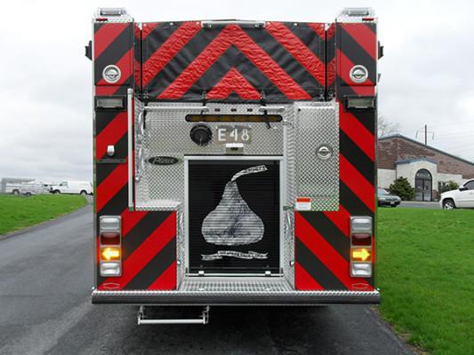 Hershey VFC - 2011 Pierce Arrow XT pumper - rear