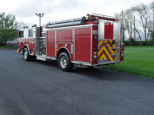 Blue Rock Fire Rescue - Pierce Arrow XT Pumper - Driver Rear