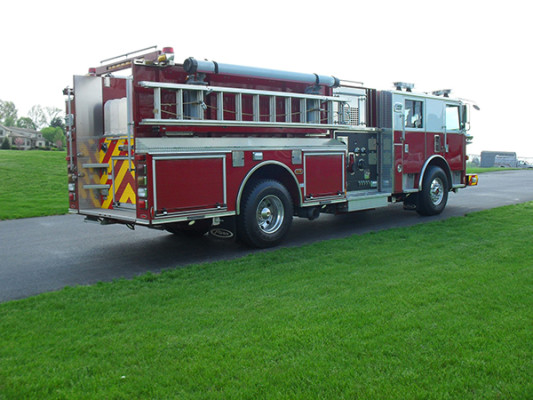 Blue Rock Fire Rescue - Pierce Arrow XT Pumper - Passenger Rear