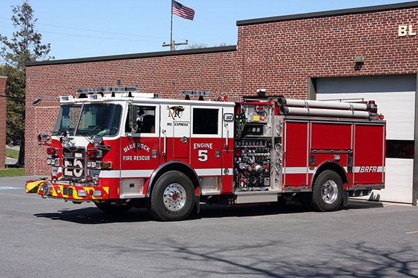 Blue Rock Fire Rescue - Engine 905 - Pierce Arrow XT Pumper Truck - At The Station