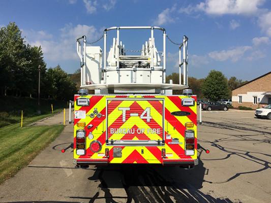 Pierce Arrow XT - 105' Heavy Duty Steel Aerial Ladder Fire Truck - Rear
