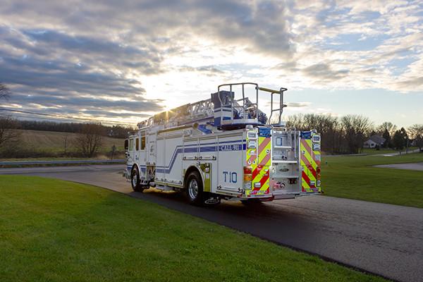 Pierce Arrow XT - 75' Aerial Ladder - Fire Truck 10 - Driver Rear