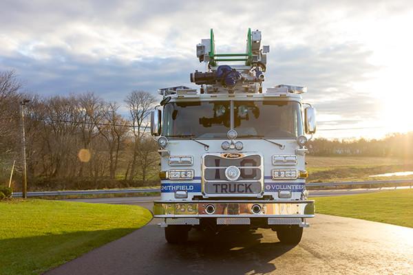 Pierce Arrow XT - 75' Aerial Ladder - Fire Truck 10 - Front