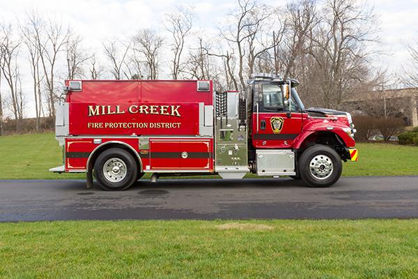Mill Creek VFC - Pierce International Fire Truck Tanker - Passenger Side