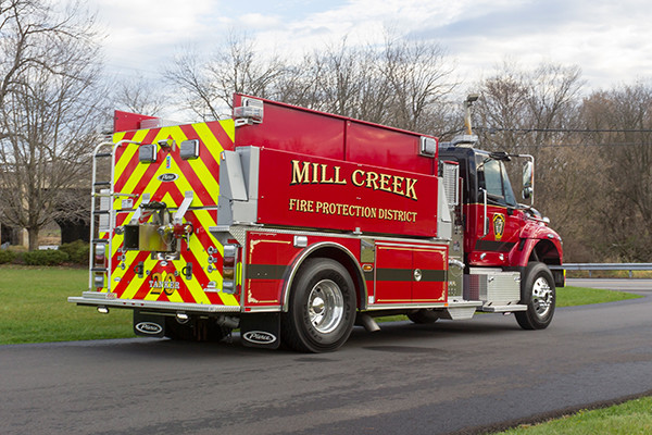Mill Creek VFC - Pierce International Fire Truck Tanker - Passenger Rear
