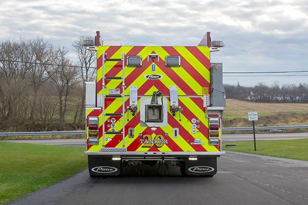 Mill Creek VFC - Pierce International Fire Truck Tanker - Rear