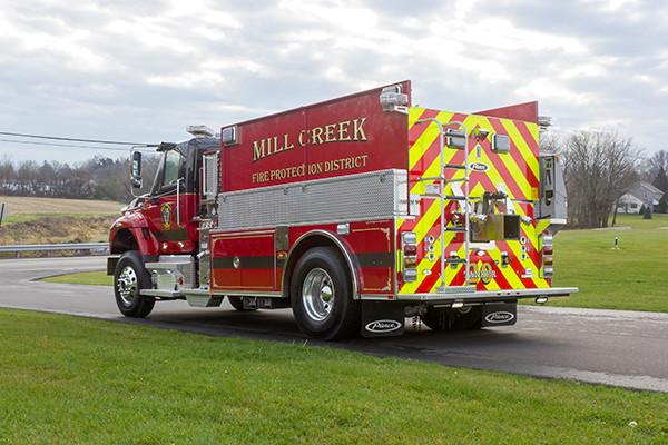 Mill Creek VFC - Pierce International Fire Truck Tanker - Driver Rear
