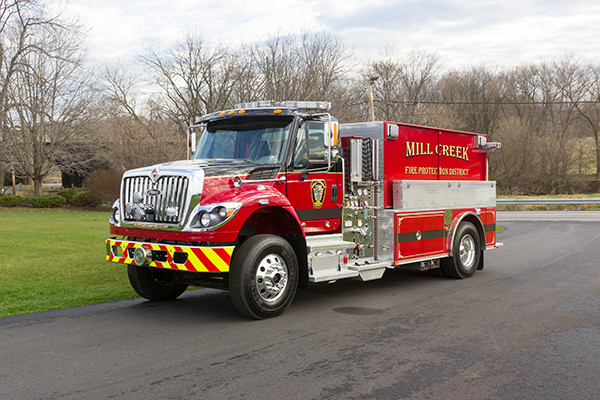Mill Creek VFC - Pierce International Fire Truck Tanker - Driver Front