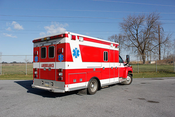used 2006 Life Line medium duty ambulance for sale - passenger rear