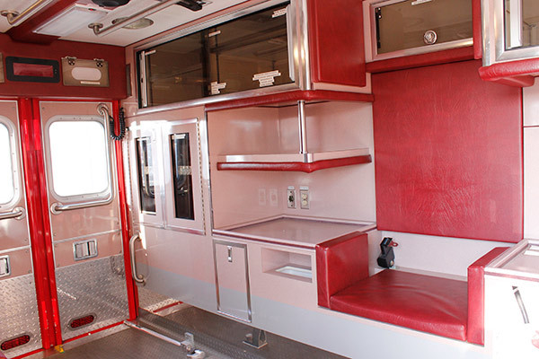 used 2006 Life Line medium duty ambulance for sale - module interior driver side