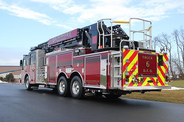 Dunmore BOF - Pierce Velocity 105' Heavy Duty Steel Aerial - driver rear