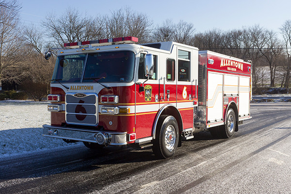 Allentown FD - Pierce Arrow XT PUC Pumper - Fire Engine - driver front