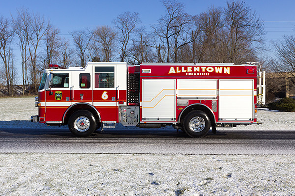 Allentown FD - Pierce Arrow XT PUC Pumper - Fire Engine - driver side