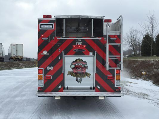 New Castle FD - Pierce Dash CF PUC Rescue Pumper - Fire Engine - rear