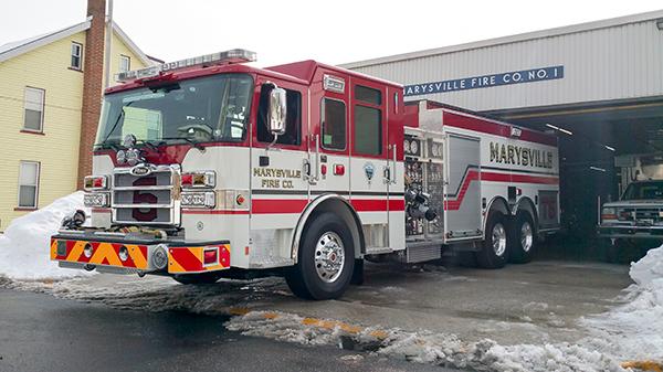 Marysville FC - Pierce Enforcer Tanker Pumper - Fire Engine - driver front