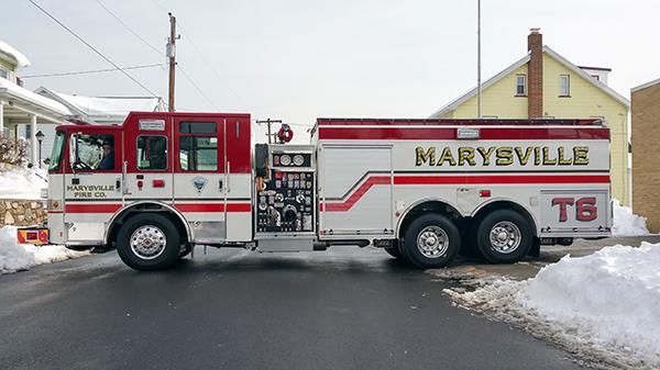Marysville FC - Pierce Enforcer Tanker Pumper - Fire Engine - driver side