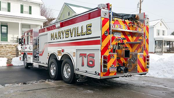 Marysville FC - Pierce Enforcer Tanker Pumper - Fire Engine - driver rear