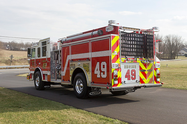Swatara Twp - Pierce Arrow XT Pumper - Fire Engine - driver rear