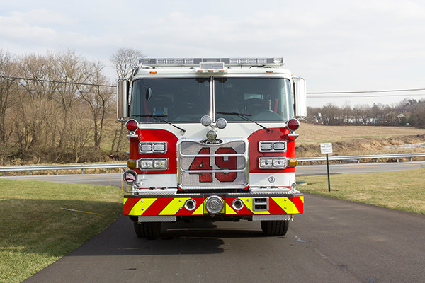 Swatara Twp - Pierce Arrow XT Pumper - Fire Engine - front