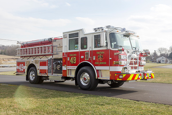 Swatara Twp - Pierce Arrow XT Pumper - Fire Engine - passenger front